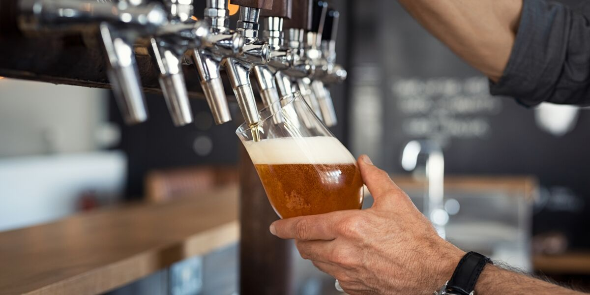 L'alcool fait-il vraiment grossir ?