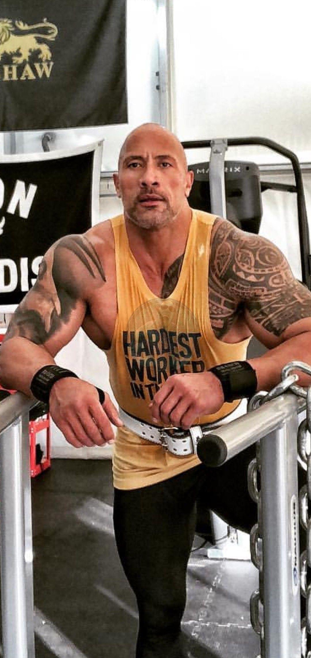 Dwayne ''The Rock'' Johnson : découvrez son incroyable régime à plus de 4 000 calories par jour !