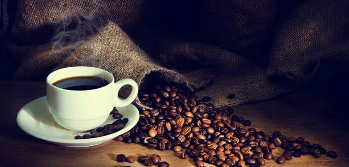 Le café cru et décaféiné pour faire maigrir