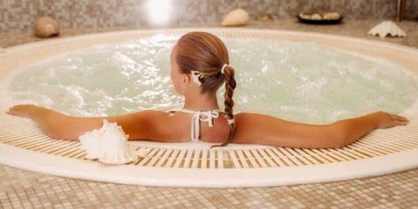 pouvez-vous perdre du poids dans un bain à remous