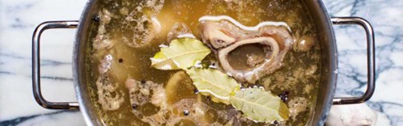 Les bienfaits surprenants du bouillon d'os pour la santé