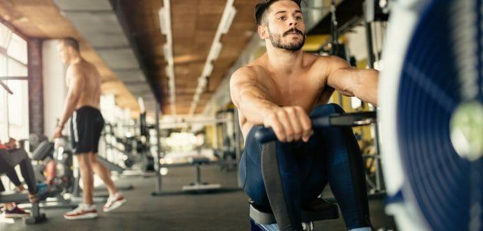 sasseoir droit vous aide à perdre du poids