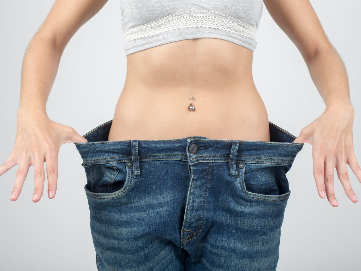 Weight loss. La perte de poids conseille. All sides of great relationship