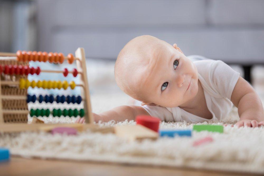 Poids à la naissance: parfois long à reprendre